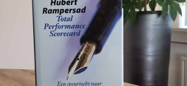 Total Performance Scorecard - Een speurtocht naar zelfkennis en competentie- ontwikkeling van lerende organisaties